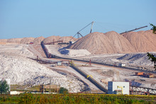 Dangerous Mining Of Salt And M...