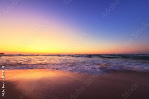 Foto auf AluDibond See sonnenuntergang Beautiful sunrise over the sea