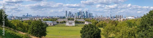 Poster London High resolution 100 MP panorama of Greenwich Park, Camary Wharf and the City of London