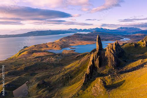 Türaufkleber Flieder Aerial view of the Old Man of Storr at sunrise, Isle of Skye, Scotland, UK