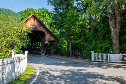 Fotomural Woodstock Covered Bridge