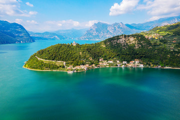 Lago D'Iseo (IT) - Monte Isola - vista aerea di Sensole