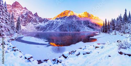 Valokuvatapetti Winter Alps