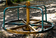 Old Swing Spinning In A Circle