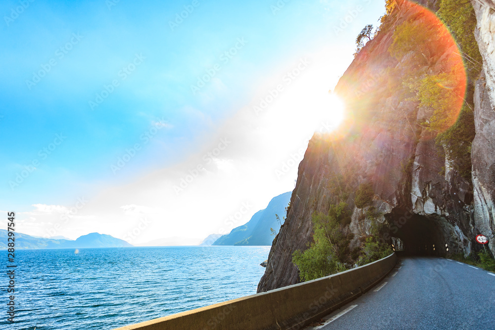 Fototapety, obrazy: Old tunnel on norwegian mountain road