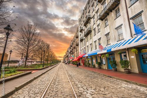 Obraz Savannah, Georgia, USA bars and restaurants on River Street - fototapety do salonu