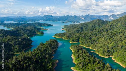 fototapeta na lodówkę Sunligh Lake mountain Rajjaprabha Dam (Chiao Lan Dam), Surat Thani Province, Thailand
