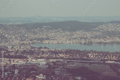 Staande foto Rotterdam Panorama view of historic Zurich city center with lake, canton of Zurich