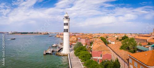 Foto  Aerial view of Murano island in Venice lagoon, Italy