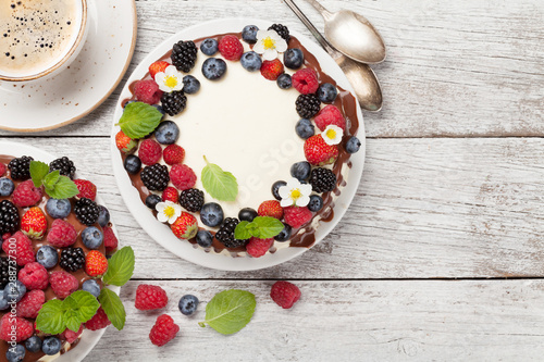 Chocolate cakes with berries