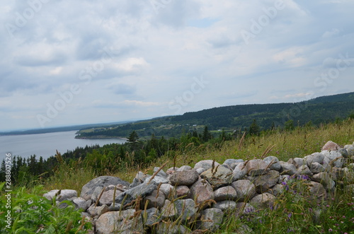 Canvas-taulu Summer in Nova Scotia: Shoreline of Bras d'Or Lake near Iona on Cape Breton Isla