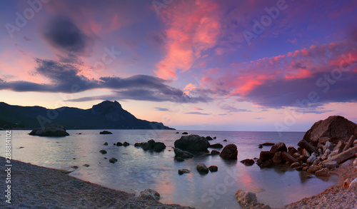 Poster Violet Panorama of sunrise in the sea bay