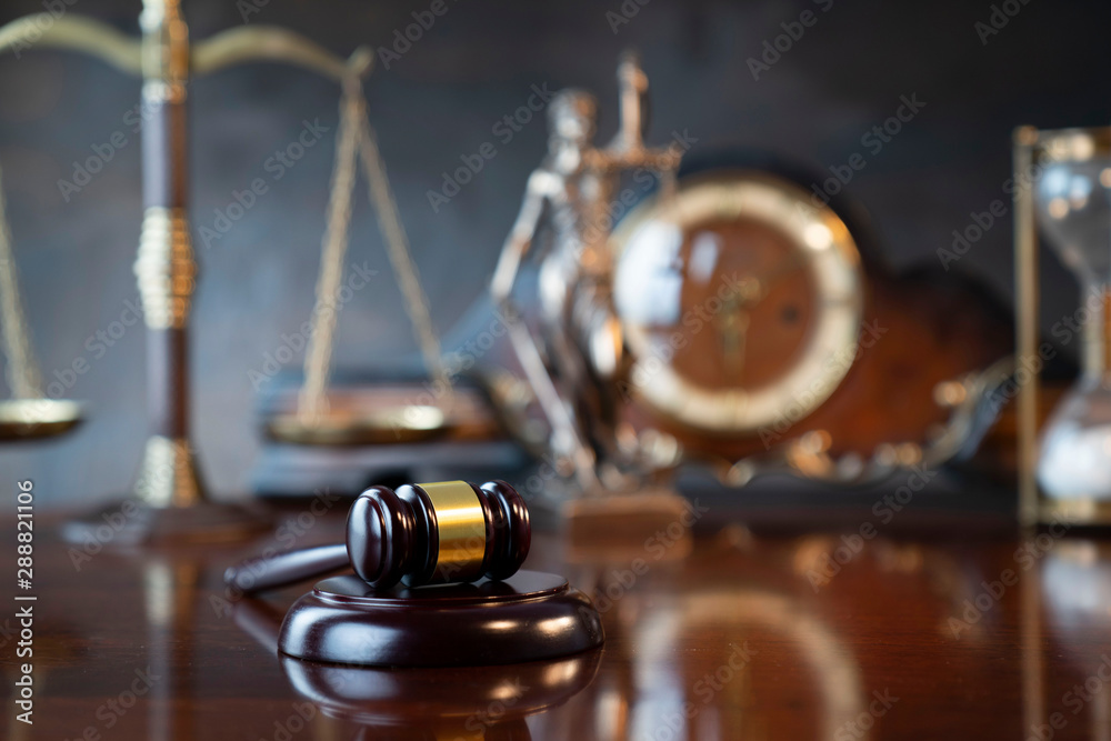 Fototapety, obrazy: The law concept background.  Gavel of  the judge, Themis statue, the clock and the scale on the gray background.