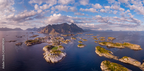 Deurstickers Noord Europa Norway, Henningvaer town panoramic top view, Norwegian fjords