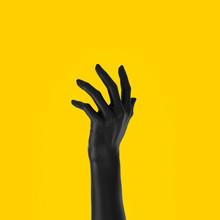 Black Open Hand Sculpture Givi...