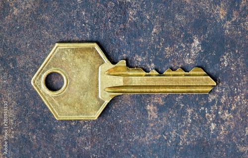Fototapety, obrazy: Old gold retro key on rusty metal background