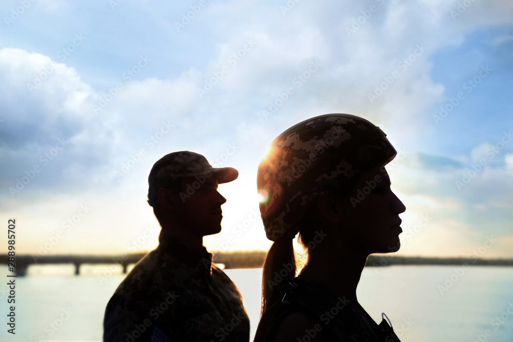 Fototapety, obrazy: Soldiers in uniform patrolling outdoors. Military service