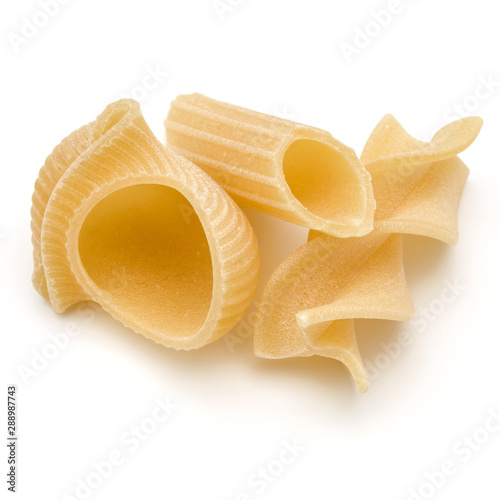 Fotomural  Italian pastai isolated on white background.