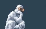 Myśliciel Rzeźby Ze Złotymi Okulary VR Na Niebieskim Tle - 289054123