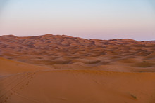 Gorgeous And Scenic Desert Sce...
