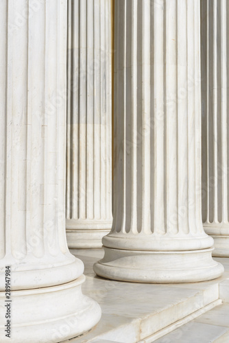 Fotografia Marble Columns, neoclassical architecture abstract that intimates power and stab