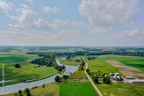 Spoed Fotobehang Groene Drone Shot - River Through Farmland Waterloo Ontario