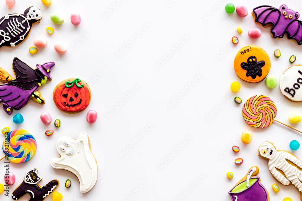 Fototapety, obrazy: Frame from halloween figures on white background top view mockup