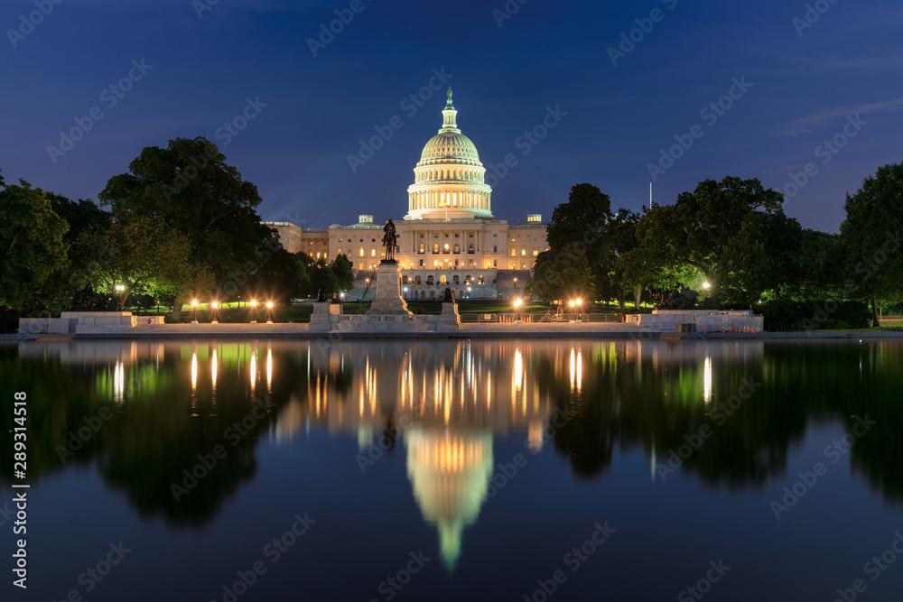 Fototapety, obrazy: Washington DC, United States Capitol Building at night, USA.