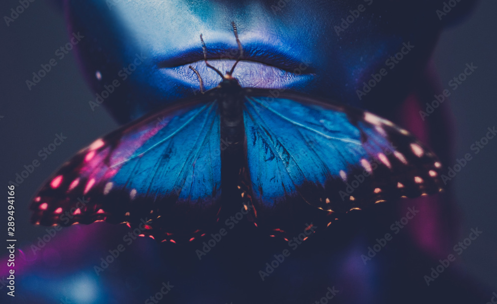 Fototapety, obrazy: Beautiful woman with blue hair and butterfly