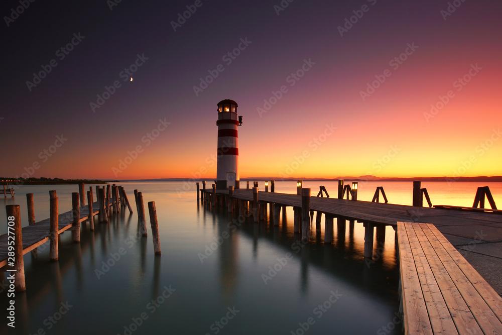 Fototapeta romantischer Sonnenaufgang