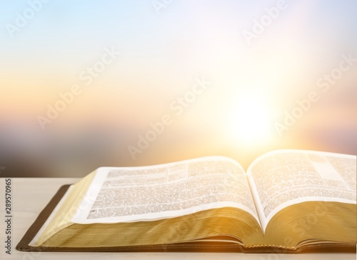 Leinwand Poster  Holy Bible  book on a wooden background