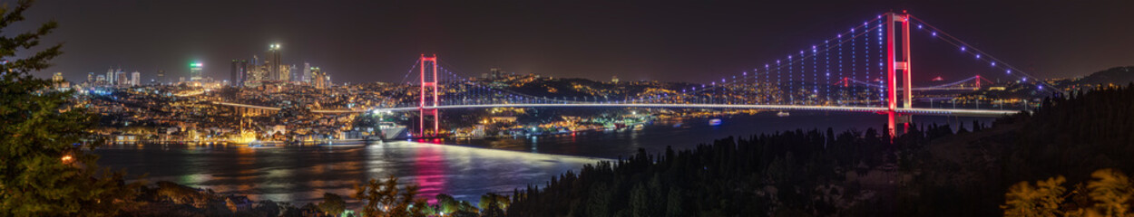 Fototapeta Rzeki i Jeziora Istanbul Bosphorus panoramic photo. Istanbul landscape beautiful sunset with clouds Ortakoy Mosque,Bosphorus Bridge, Fatih Sultan Mehmet Bridge, Yavuz Sultan Selim Bridge Istanbul Turkey