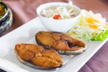 Fried King Mackerel Fish Serve...