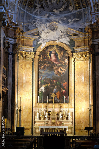 Photographie  Altar of Chiesa di San Luigi dei Francesi - Church of St Louis of the French, Ro