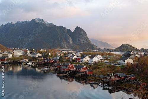 Foto auf AluDibond Nordeuropa Beautiful landscape from Reine fishing village in autumn season, Lofoten islands, Norway