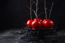 Halloween Red Caramelized Cand...