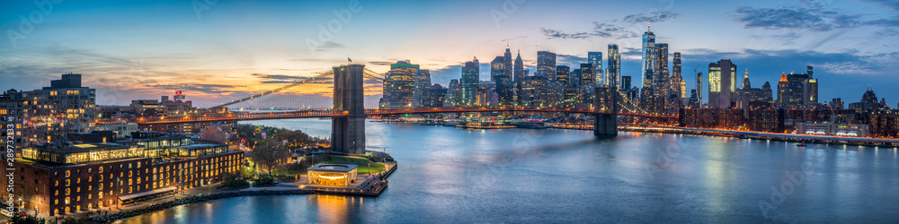 Fototapety, obrazy: New York skyline panorama with Brooklyn Bridge