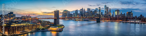Obraz New York skyline panorama with Brooklyn Bridge - fototapety do salonu