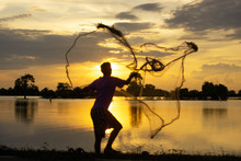 Fishermen Are Sowing Nets Whil...