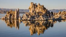 Tufa At Mono Lake, California ...