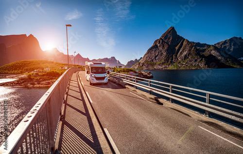 Fotografie, Obraz  VR Caravan car travels on the highway.
