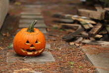 Halloween Jack O' Lantern Outs...