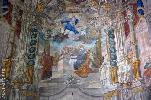 Papel de parede Assumption of the Virgin Mary altarpiece in the church of Assumption in Samobor,