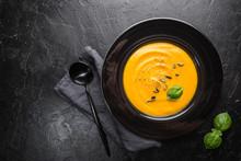 Vegetarian Autumn Pumpkin Crea...