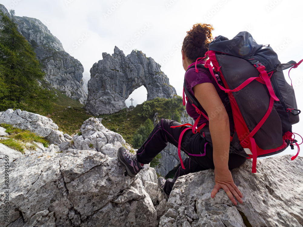 Fototapety, obrazy: Backpacker woman in the alps