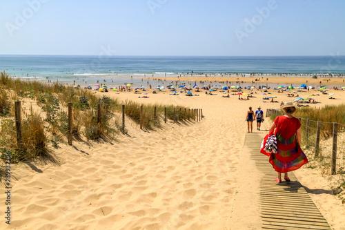 Photo Walk to the beach