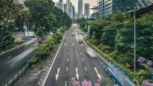 Rush Hour Traffic With Singapo...