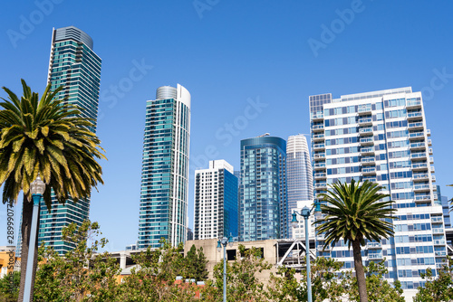 Stampa su Tela Urban skyline with tall residential and office buildings in SOMA district, San F