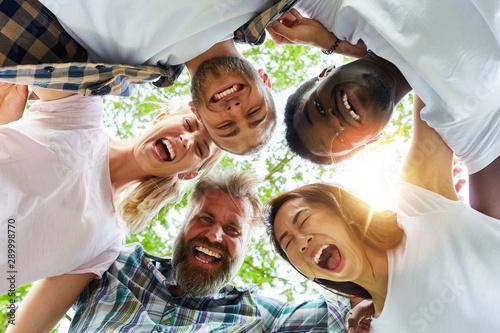Fotografía  Motivation for start-up team in nature