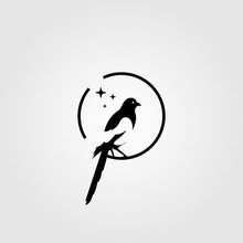 Magpie Bird Negative Space Log...